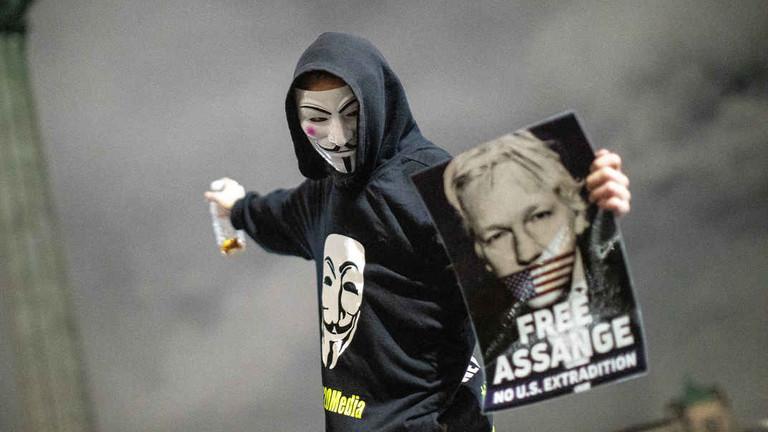 Aux yeux de Washington, Assange est une menace aussi dangereuse que Daech