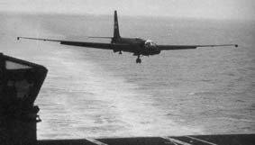 https://www.agoravox.fr/local/cache-vignettes/L283xH161/U-2-landing_on_carrier-f3eb6.jpg