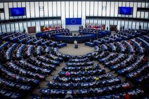 Budapest a condamné ce 12 septembre le vote d'une motion punitive du Parlement européen contre la Hongrie, y voyant une «petite vengeance des politiciens pro-immigration». La France s'est félicitée du «signal très fort» envoyé par les eurodéputés.
