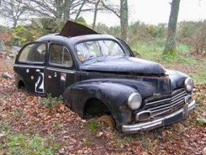 mille euros pour casser une vieille voiture le p re no l de l 39 elys e est fauch agoravox le. Black Bedroom Furniture Sets. Home Design Ideas