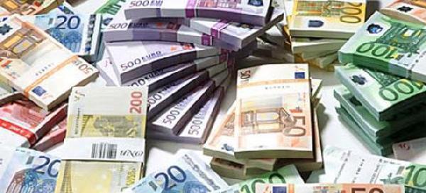 L Argent Dette Un Systeme De Blanchiment De Fausse Monnaie 100