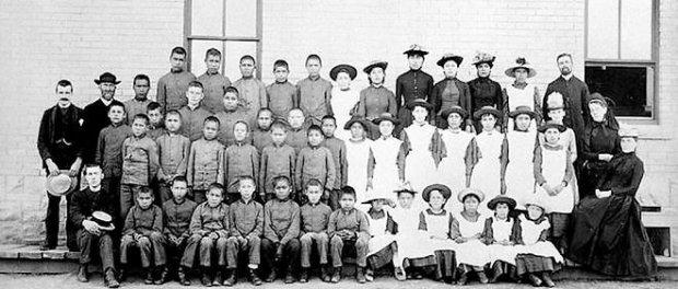 Pensionnat pour amérindiens au Canada, vers 1883