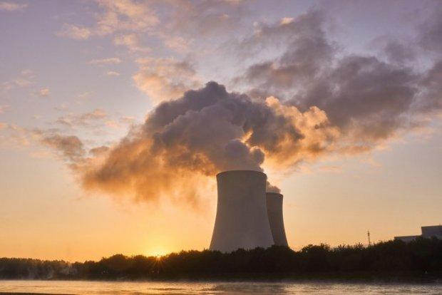 nuclear power plant 4535760 1280 4e4ed fe631